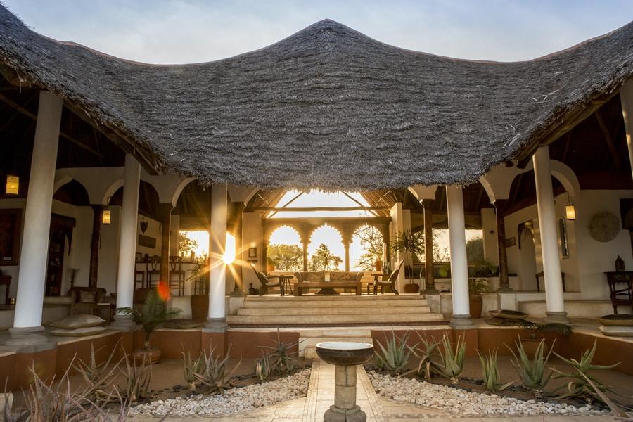 Safaris Unlimited Africa - Sasaab Lodge in the morning, Kenya