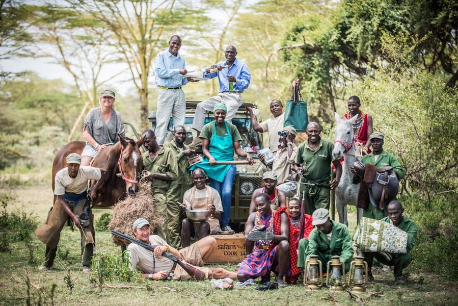Safaris Unlimited Africa - The Team on Safari in Kenya