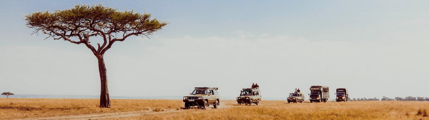 Safaris Unlimited - Wildlife Africa Heading out on Safari